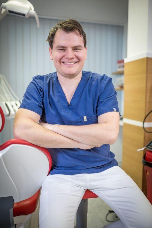 Dr. Keszeg János - Tóváros fogászat